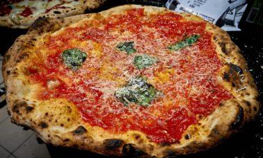 pizzeria a napoli fratelli salvo