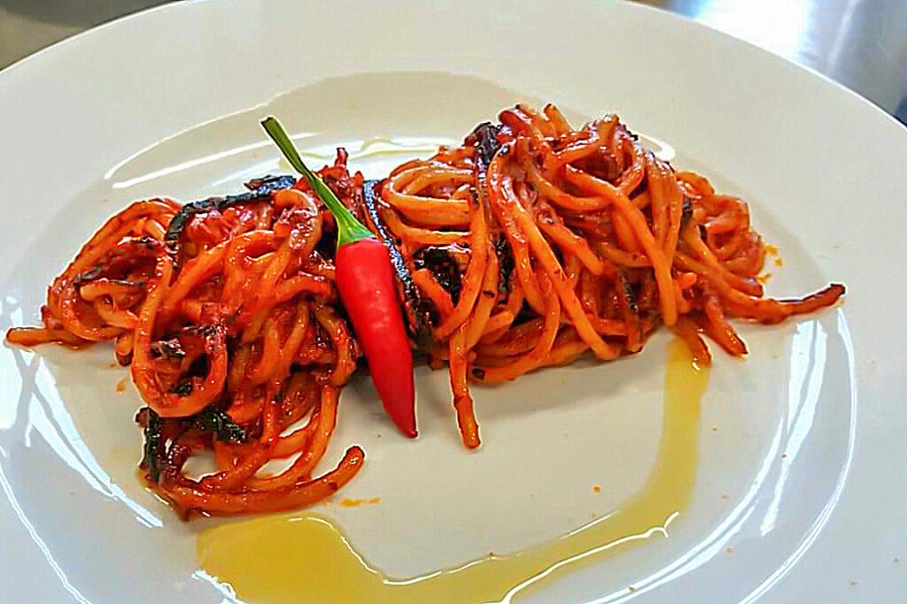 Spaghetti assassina la vera ricetta ufficiale